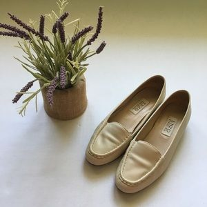 Vintage Enzo Angiolini Cream Loafers